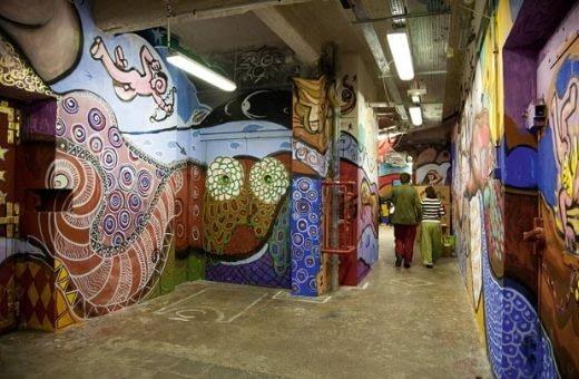entreprise Paris soirée de Noël magique team building voyage en plein coeur de Paris street art atelier et dîner dans lieu original