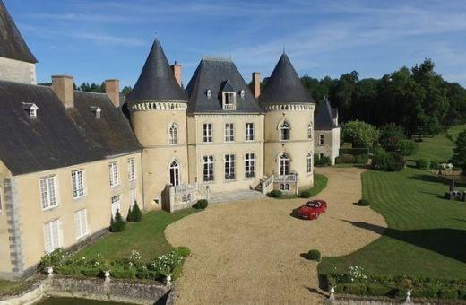 teambuilding paris Séminaire France et étranger murder party soirée de Noël entreprise séminaire surprise