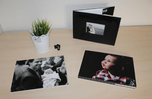 anniversaire de mariage offrir un album photo surprise personnalisé