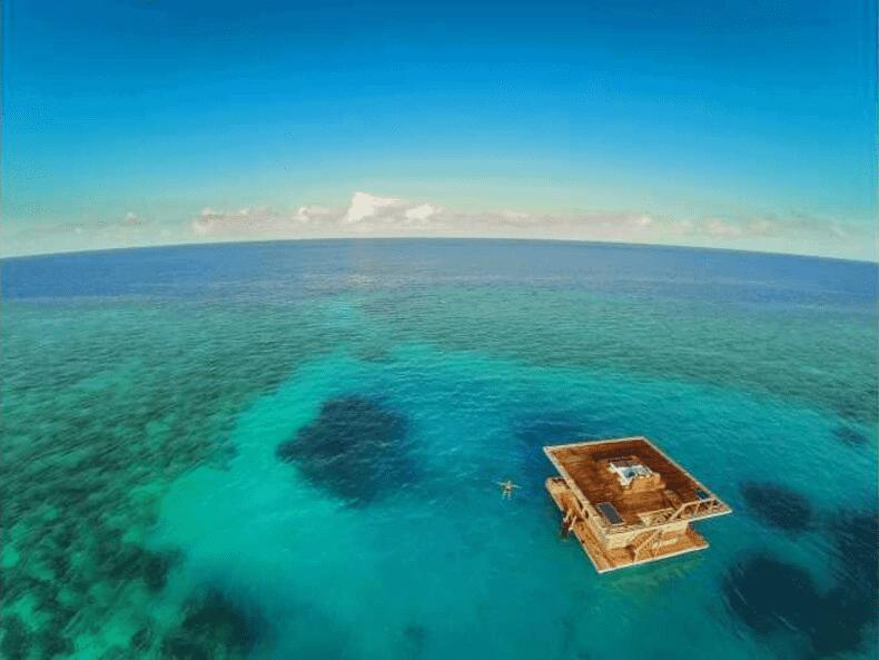 Horizons Secrets Voyage de noces atypique chambre flottante